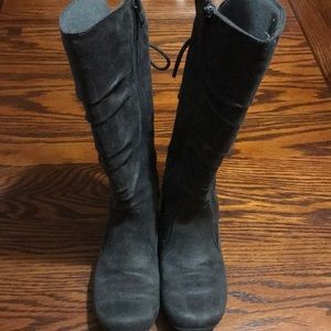 Little Girl's Suede Charcoal Gray Boots Size 13.5